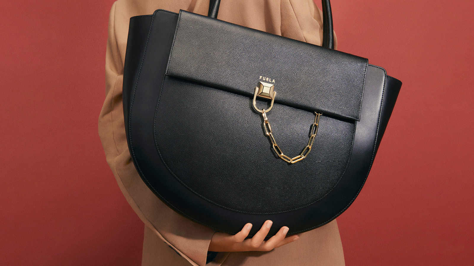 Tote Bags & Top Handles