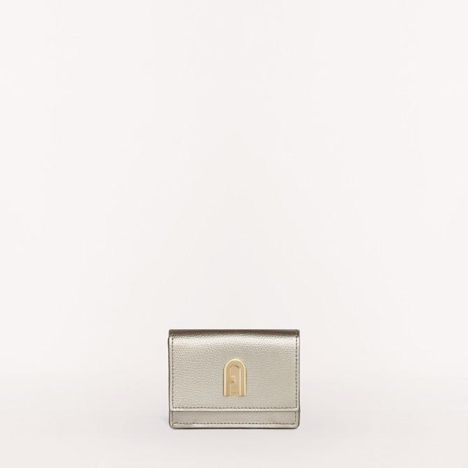 クリスマスプレゼントにおすすめなお財布はフルラのコンパクト財布です
