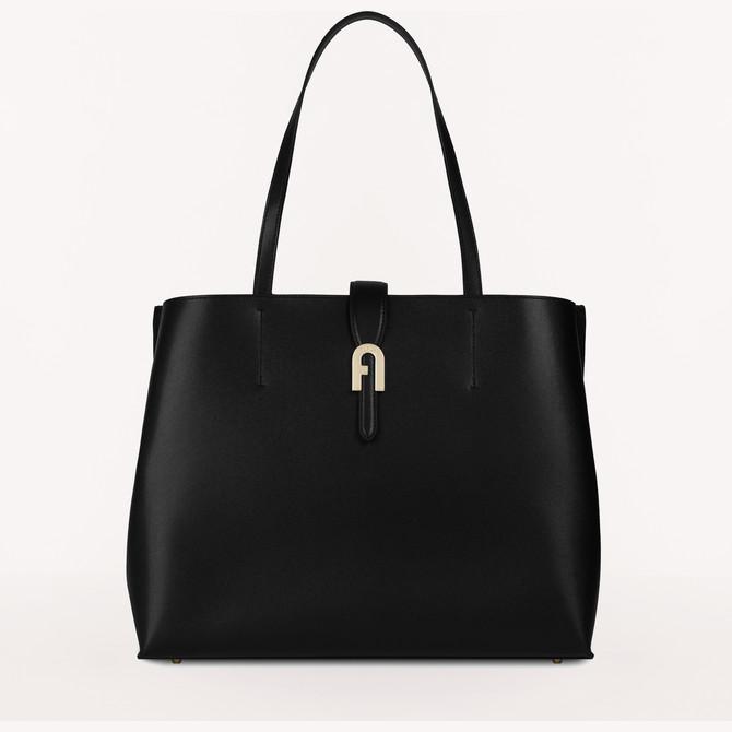 40代女性にオススメの「FURLA(フルラ)」ブランドバッグ